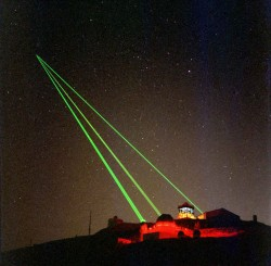 In 2006 the US carried out space laser tests (Starfire Optical Range)