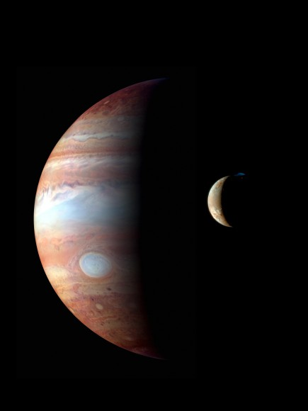 Jupiter and Io, captured by New Horizons. Image credit: NASA/JPL