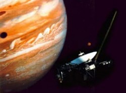 Voyager at Jupiter. image credit: NASA/JPL