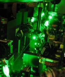 "The laser \""squeezer\"" equipment (Keisuke Goda)"