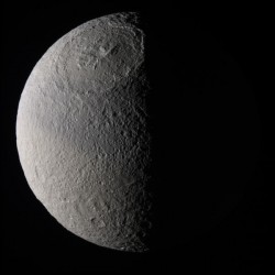 Saturn\'s moon Tethys. Image credit: NASA/JPL/SSI