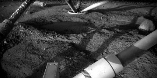 Sol 97 image under the lander.  Credit:  NASA/JPL/Caltech/U of AZ