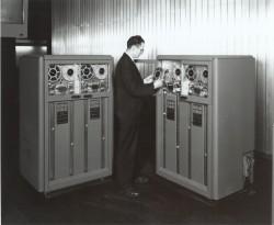 An IMB 726, a precursor of the 729 data recorder.  Credit: IBM