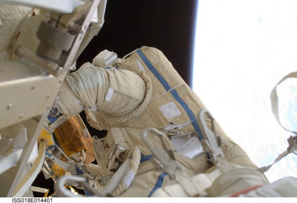 Yury Lonchakov during the Dec. 23 spacewalk. Credit: NASA