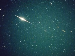 An iridium flare from an orbiting satellite. Credit:HobbySpace.com