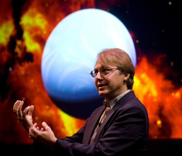 Andrew Knoll describes the beginnings of life on Earth. Photograph by Stephanie Mitchell/Harvard News Office