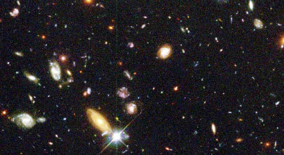 "Several hundred never before seen galaxies are visible in this ""deepest-ever"" view of the universe, called the Hubble Deep Field (HDF), made with the Wide Field and Planetary Camera 2 aboard NASA's Hubble Space Telescope. Image credit: NASA/STScI"
