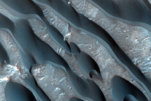 More Martian dunes from HiRISE.
