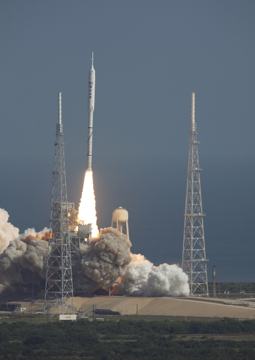 Another view of the launch.  Credit: NASA/ Scott Andrews