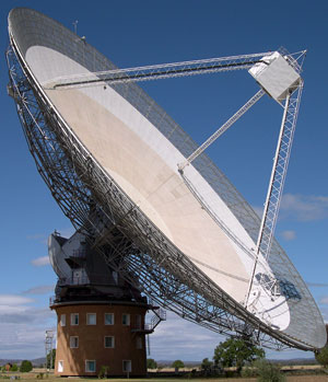 The Parkes Radio Telescope. Credit: R. Hollow, CSIRO