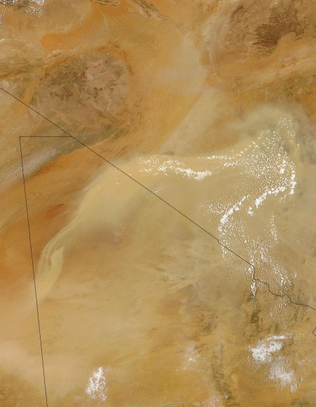 Dust in the Sahara Desert