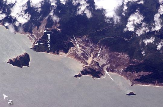Tsunami Damage, Northwestern Sumatra (Indonesia)