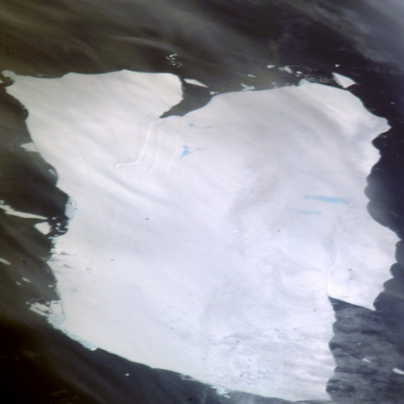 Mega-iceberg A53a, South Atlantic