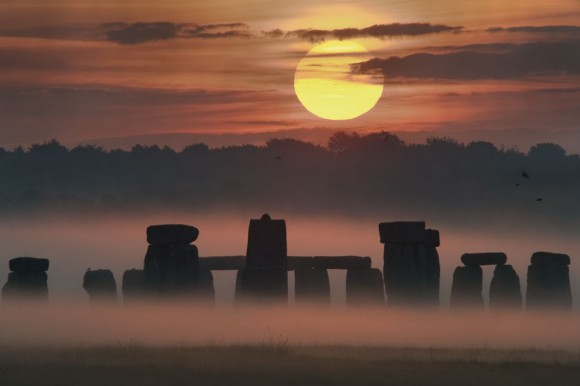 Image of the Sunrise Solstice captured over Stonehenge. Image Credit: Max Alexander/STFC/SPL