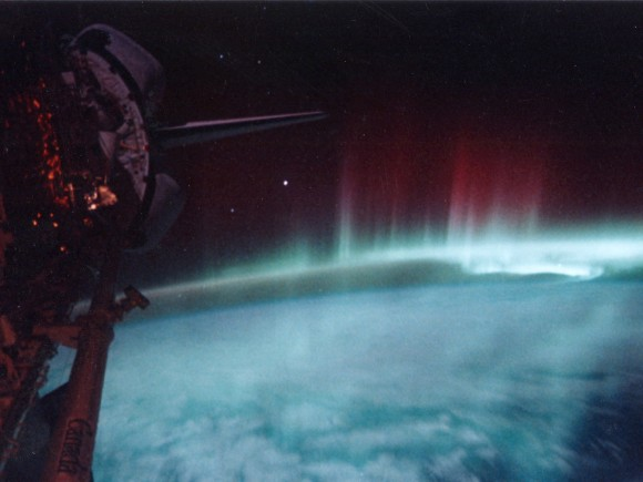 STS-39 view of the Aurora Australis