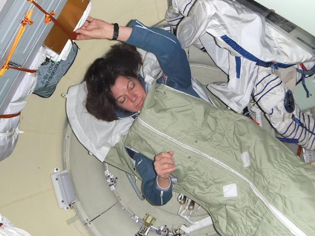 inside space station bed - photo #15
