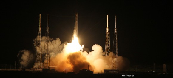 IMG_3754a_SpaceX launch May 22 2012_Ken Kremer