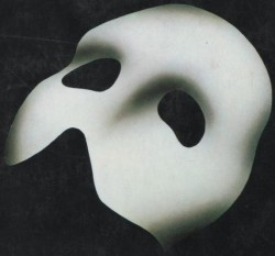 A 'Phantom of the Opera' - like mask.