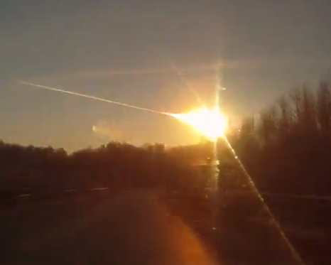 A bright meteor witnessed over Russia on Feb. 15, 2013 (RussiaToday)