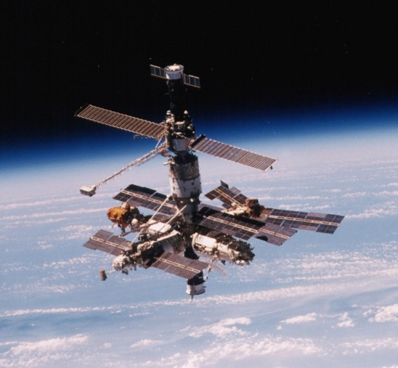 Outside view of the Mir space station. Credit: NASA