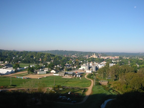 Looking westward over the modern day town of Decorah, Iowa. (Credit: USGS/Robert McKay Iowa Geological & Water Survey).
