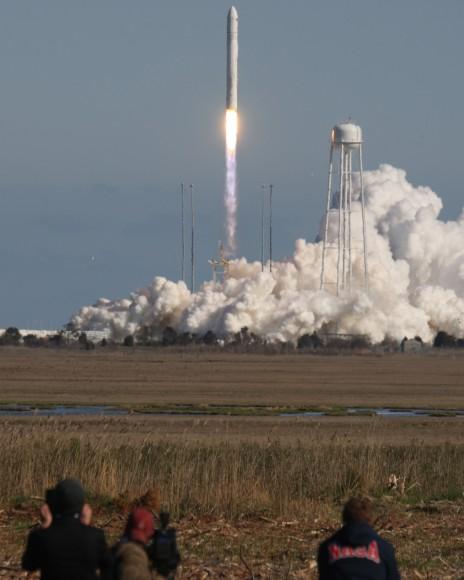 Antares maiden blastoff on April 21, 2013 from NASA Wallops Flight Facility. Credit: Mark Usciak/AmericaSpace
