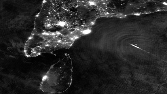 Nighttime image of southern India and Tropical Cyclone Mahasen (NASA/NOAA)