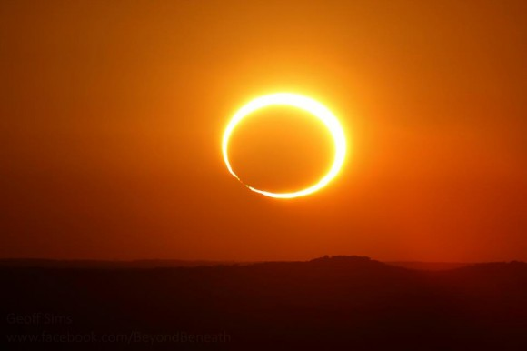 Bailey's Beads captured very briefly during last week's annular eclipse. (Credit: Geoff Sims).