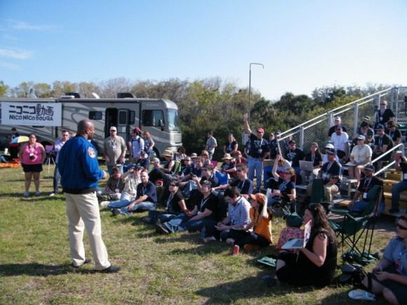 NASA's Leland Melvin talks with Tweet-up participants at the STS-133 launch in February, 2011. Credit: Nancy Atkinson.