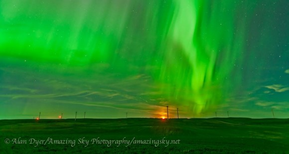 The northern lights on June 28/29, 2013 as seen from the Wintering Hills WInd Farm near Drumheller, Alberta. Credit and copyright: Alan Dyer/Amazing Sky Photography.