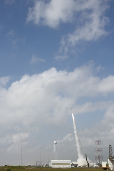 July 4 Morning Fireworks from NASA. A NASA Black Brant V Sounding Rocket launches in support of the Daytime Dynamo Mission on July 4, 2013 from NASA Wallops Flight Facility, VA,   Credit NASA/J. Eggers