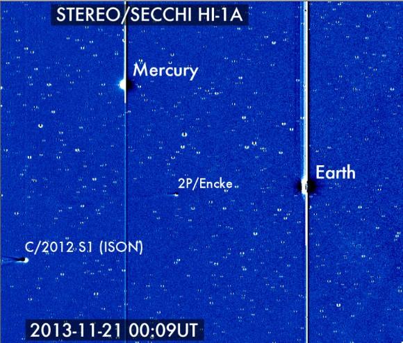 Cometa ISON entrata in scena STEREO con Encke il 21 novembre (Credit: Karl Battams / NASA / STEREO / CIOC)