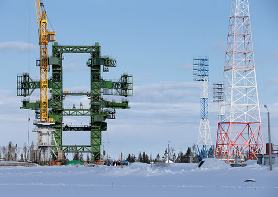Main service gantry of the Angara pad in Plesetsk under construction in April 2013. Credit: Russian Ministry of Defense, via Russian Space Web.