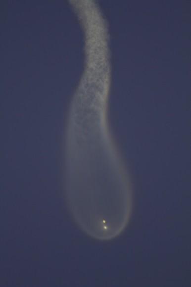 Falcon 9/SES-8 streak to orbit on Dec. 3, 2013.  Credit: Jeff Seibert
