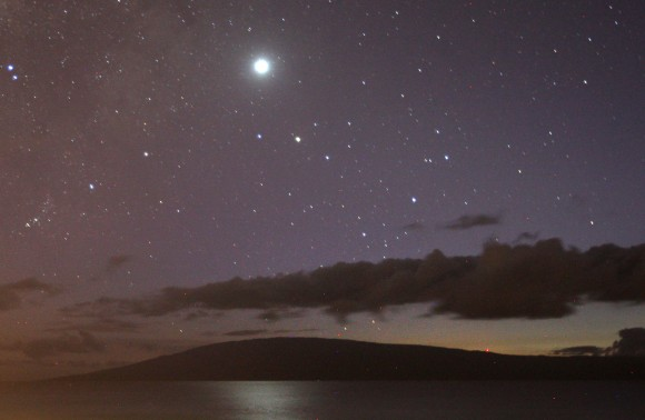 Venus reflected in the Pacific Ocean late this fall seen from the island of Maui, Hawaii.  The planet is now quickly dropping toward the sun. Credit:   Bob King