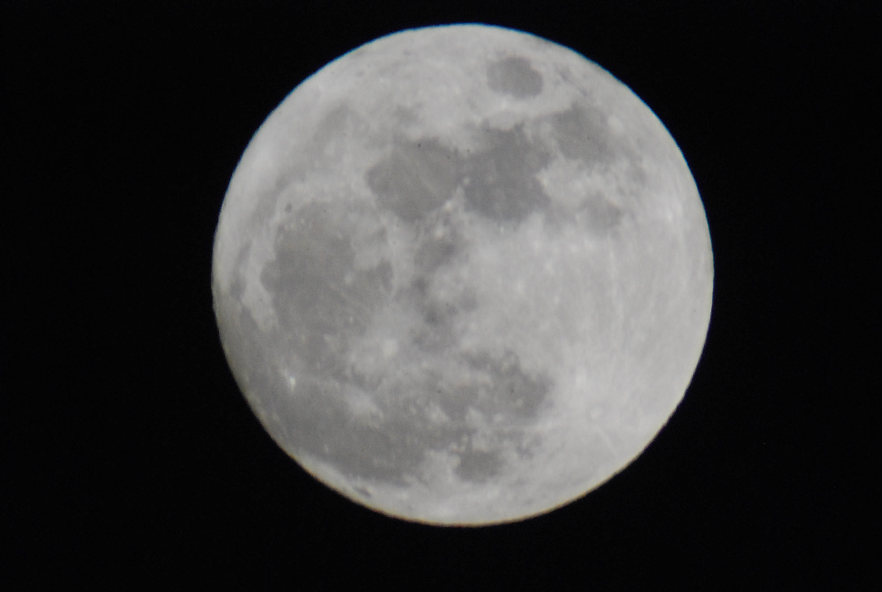 Its a full moon out tonight hd 092917