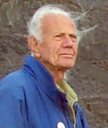 John Dobson, amateur astronomer and astronomy popularizer, died Jan. 14 at 98 in Burbank, Calif. Credit: Wikipedia