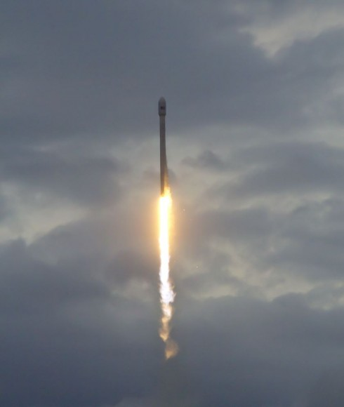 Falcon 9 rocket soar to space with Thaicom 6 commercial satellite on Jan 6, 2014 from Cape Canaveral, FL. Credit: Jeff Seibert