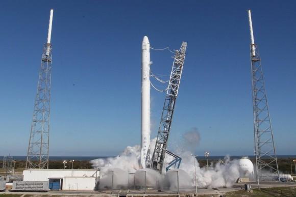 Falcon 9 and Dragon static fire t