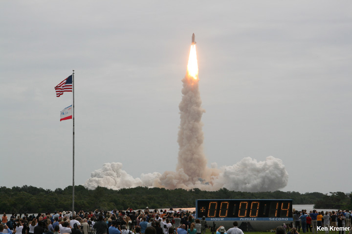 http://d1jqu7g1y74ds1.cloudfront.net/wp-content/uploads/2014/04/IMG_9818b_STS-135_Ken-Kremer.jpg