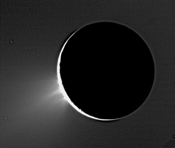 Jets of icy particles bursting from Saturn's moon Enceladus are shown in this Cassini image taken on November 2005. Credit: NASA/ESA/ASI.