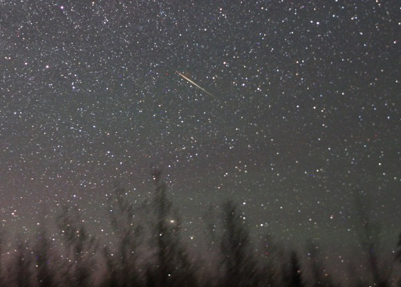 A Camelopardalid meteor flashes across eastern Cassiopeia this morning May 24. Credit: Bob King