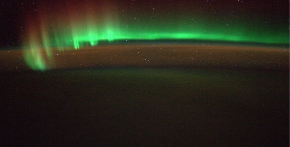 Spectacular Southern Lights, Shooting Stars, Sahara Snapshots and more from ESA's Alexander Gerst aboard ISS