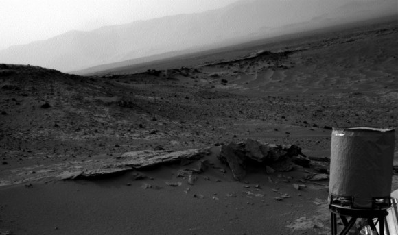 A view from the Curiosity rover on Sol 794 (Oct. 31, 2014) from its outpost at the base of Mount Sharp (Aeolis Mons). Credit: NASA/JPL-Caltech