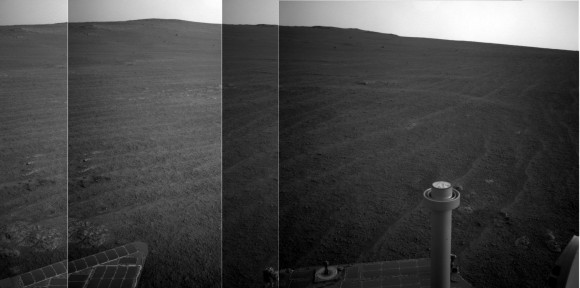 The Opportunity rover's view on Sol 3,839 on Nov. 11, 2014, shortly after it pushed past 41 kilometers (nearly 28.5 miles) of driving on the Red Planet. Credit: NASA/JPL-Caltech/Cornell Univ./Arizona State Univ. (panorama: Elizabeth Howell)