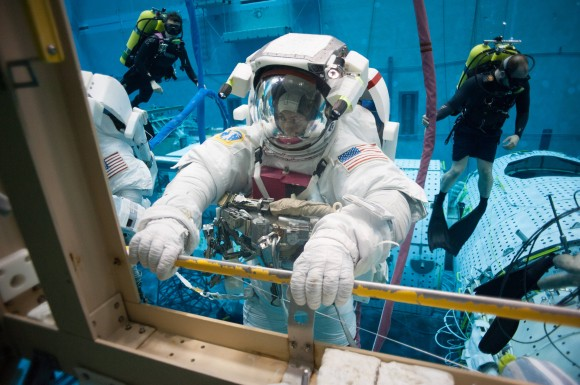 A diver tests out a spacesuit in NASA's Neutral Buoyancy Laboratory in Houston in December 2014. Credit: Zugzwang5 (imgur)