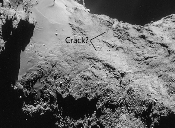 The fissure is not a very recent event. Universe Today's Bob King published an earlier image in his blog in September and added a question to illustrate. Whether the crack has widen since this time is not certain. (Image Credit: ESA, Illustration, Bob King)
