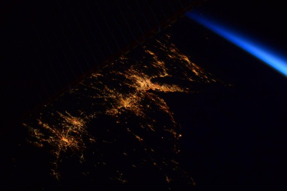 Almost disappearing behind the solar panels before sunrise: the US East coast from DC to Boston. #HelloEarth. Credit: NASA/ESA/Samantha Cristoforetti