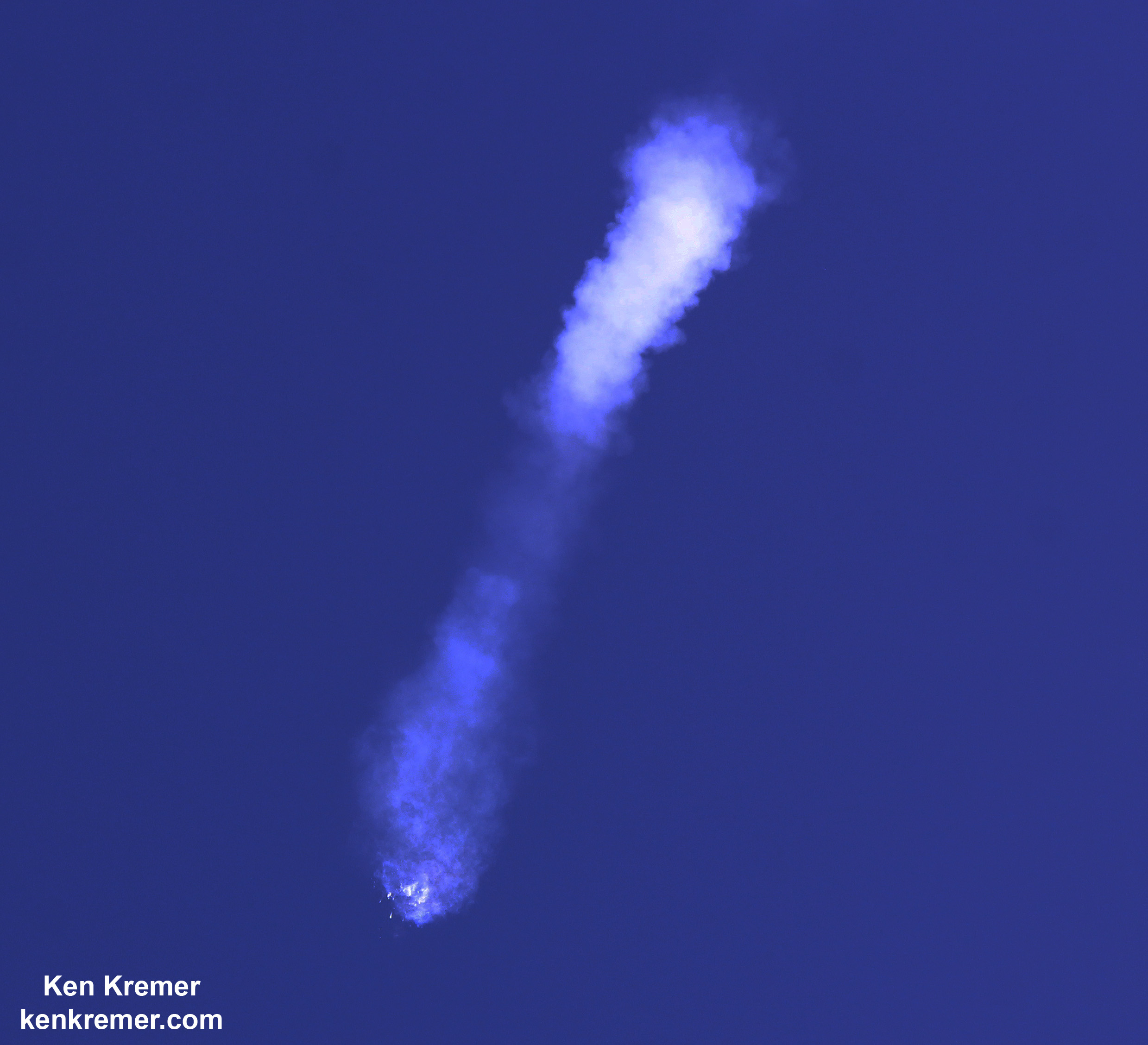 Cause of SpaceX Falcon 9 Rocket Failure Unknown; Launch Explosion Photos