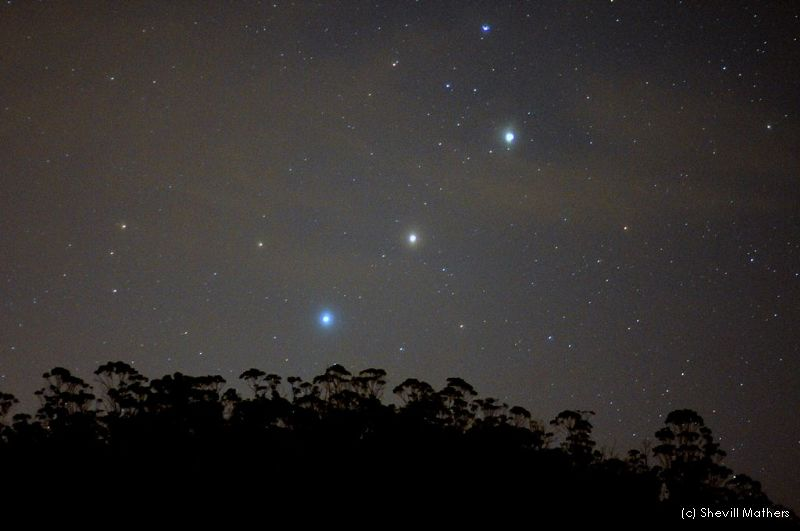Planetary Alignment Dazzles Weekend SkyWatchers